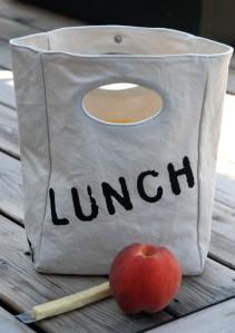 dsc_0619fluf-lunch-bag